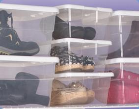 Sterilite 1642 6 Quart Storage Box