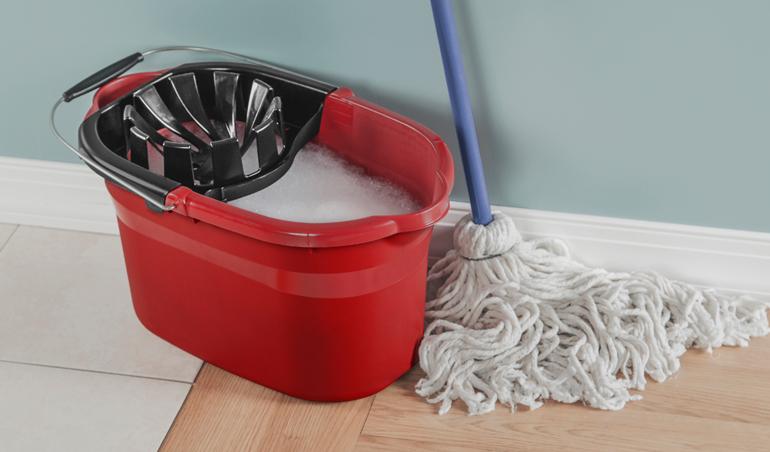 Sterilite wringer mop bucket
