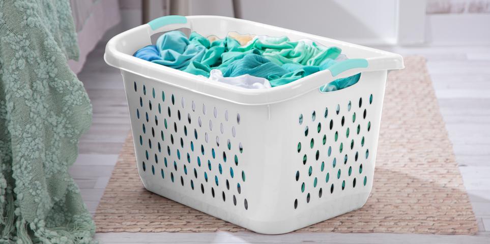 2.7 Bushel laundry basket